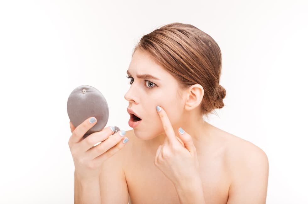How To Shrink a Cystic Pimple
