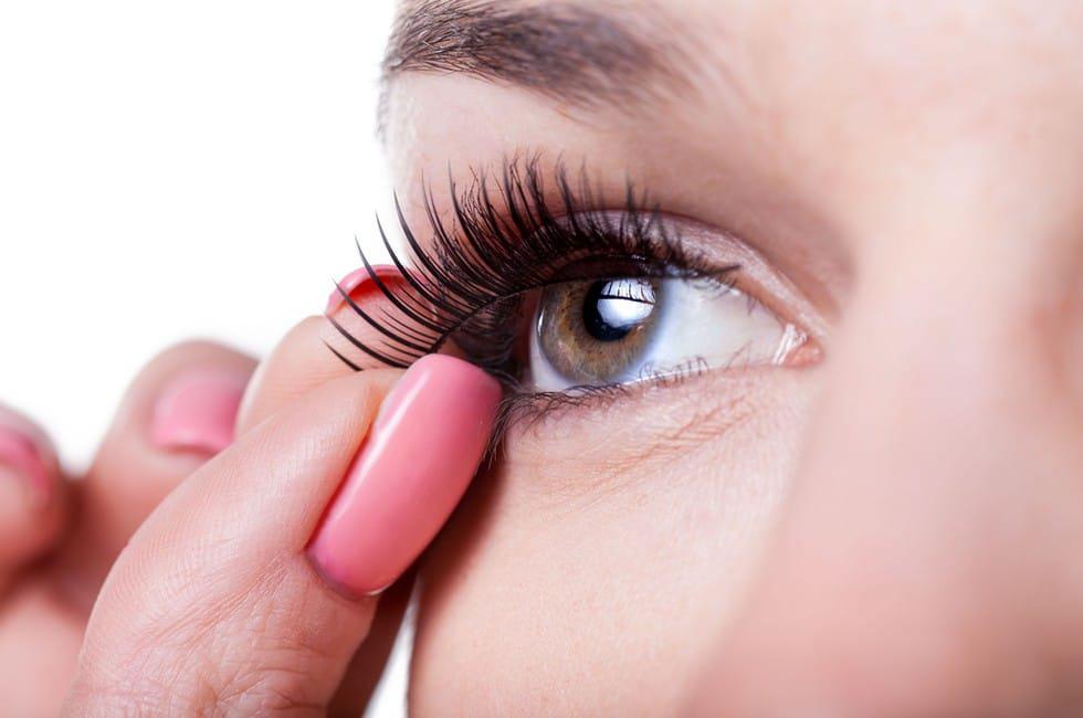 Are Magnetic Eyelashes Safe