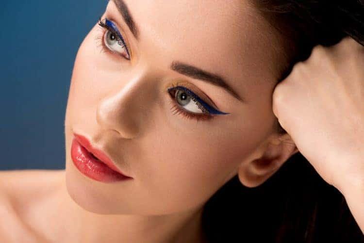 Eyeliner Vs. Eyeshadow