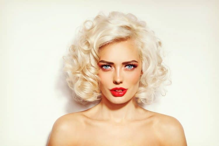 Get Platinum Blonde Hair from Golden Blonde