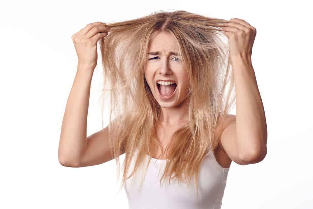 brassy_hair